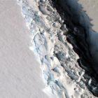 Trillion-tonne iceberg breaks off Antarctica